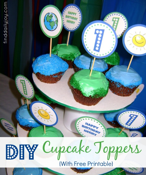 Cupcake Toppers {Tutorial and Printable} - finddailyjoy.com