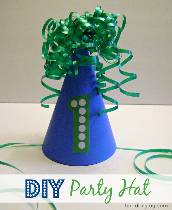 Party Hat {Tutorial} - finddailyjoy.com
