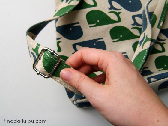 From Purse To Toddler Backpack {Tutorial} - finddailyjoy.com
